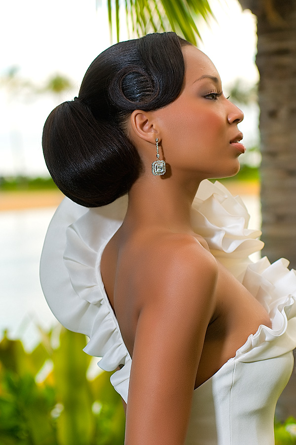 Hilton Hawaiian Village Jun 16, 2010 Bay Bella Publishing Mocha Bride Magazine