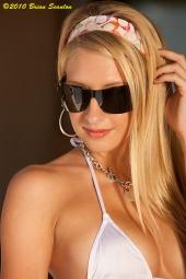 http://photos.modelmayhem.com/photos/100616/23/4c19c7409ac5d_m.jpg