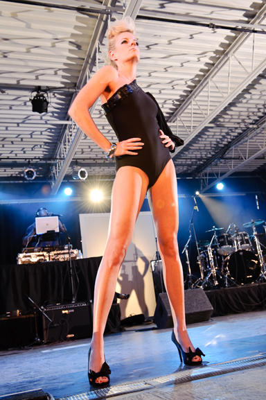 Jun 17, 2010 Fashion Show - Vixens Wardrobe