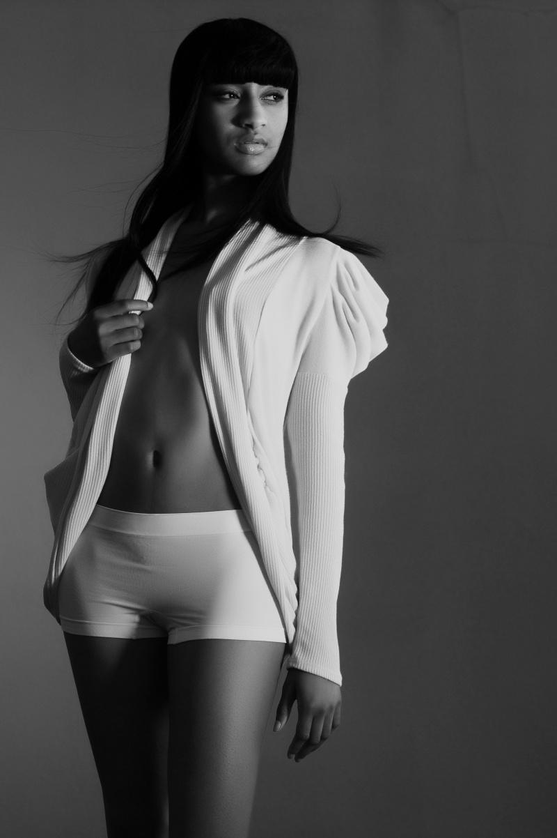 Female model photo shoot of Jasmine Suzette in Treasure Island