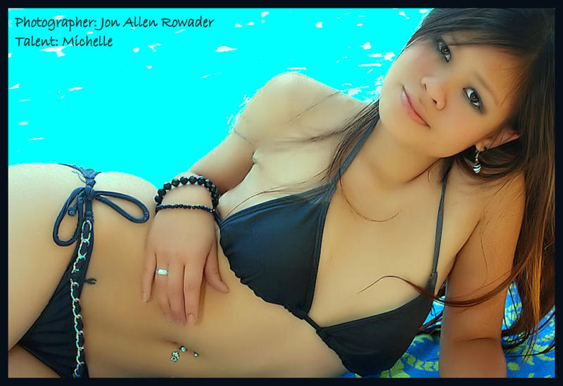 http://photos.modelmayhem.com/photos/100620/18/4c1ec74082a0e.jpg