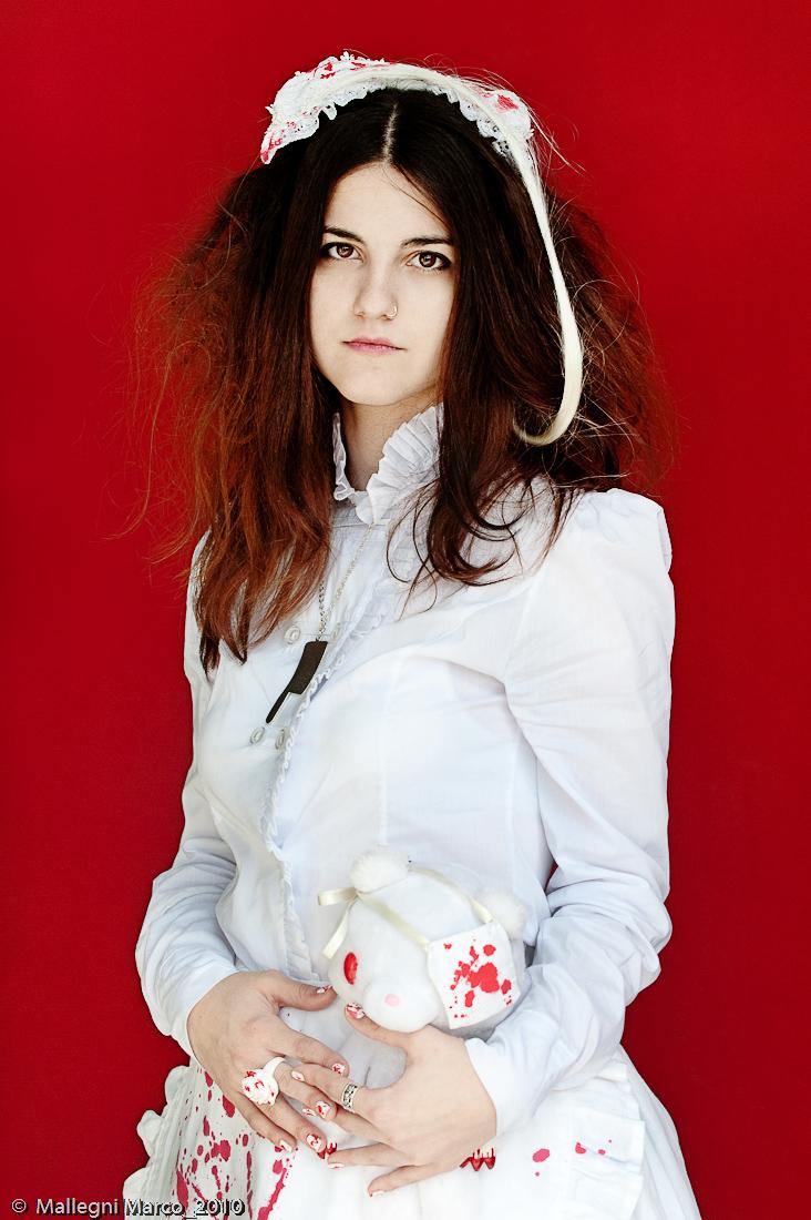 Female model photo shoot of Vicky Nessuno in Milano