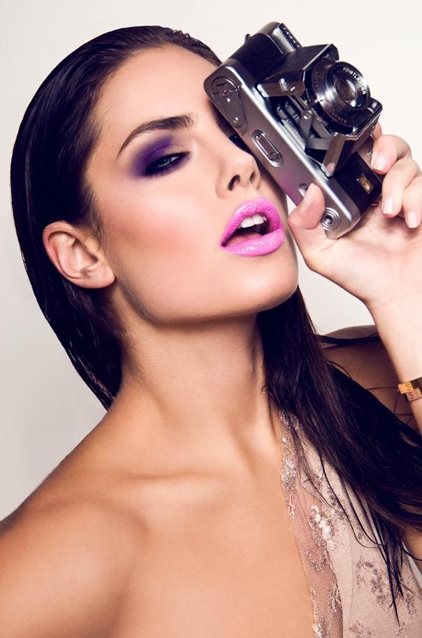 Female model photo shoot of Beau Dunn