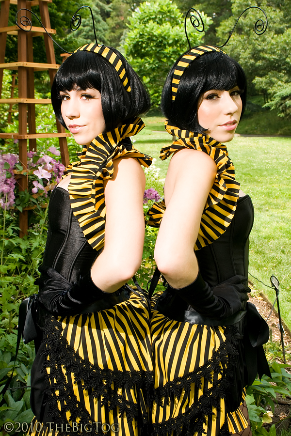 Brooklyn Botanical Gardens Jun 27, 2010 Twin Bee as Twin Bees! ;]  Modeling costumes sewn and designed by us