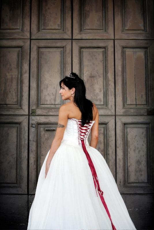Jun 30, 2010 Ivory silk tulle dress