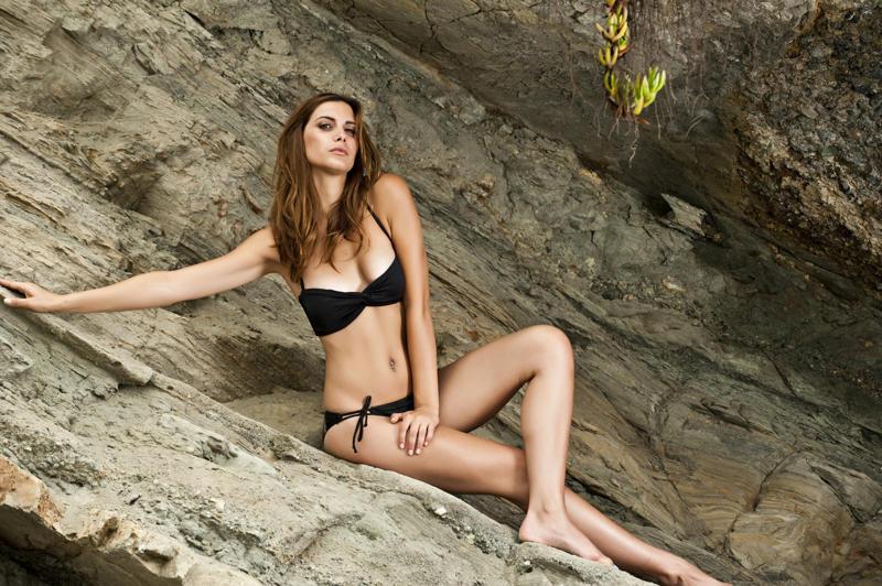 Female model photo shoot of MarilynRose