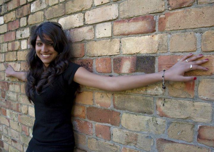 Female model photo shoot of Aakriti Gupta