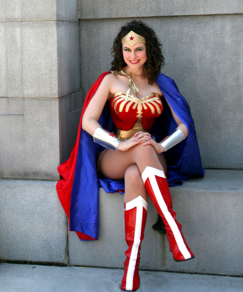 Jul 07, 2010 2010 Dawnstar Productions In her satin tights.... fighting for our rights