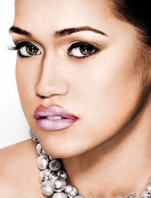 Female model photo shoot of AmandaLace