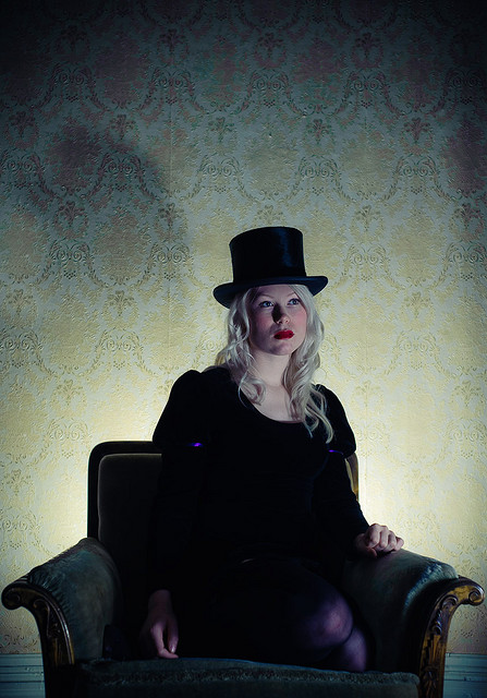 Male model photo shoot of Greger Stolt Nilsen in Living room