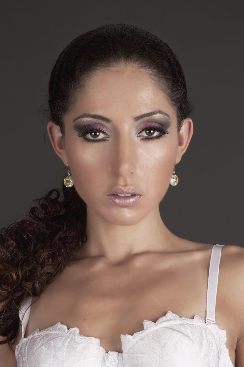 Female model photo shoot of Nilou