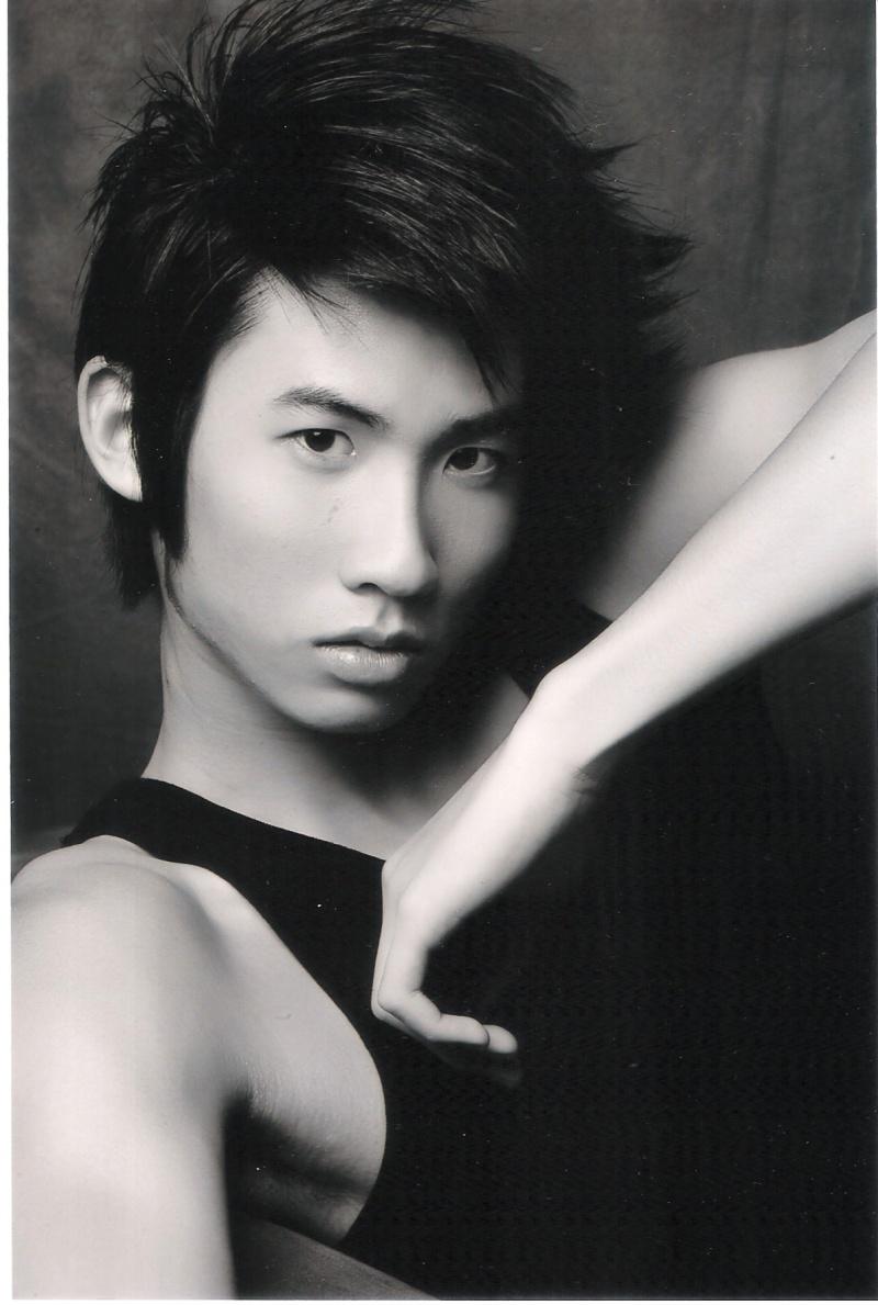 Male model photo shoot of Kawei
