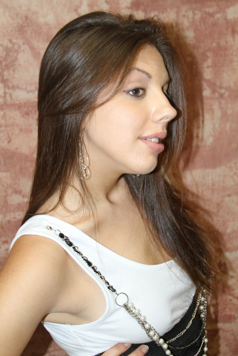 Female model photo shoot of Cassandra Garrey by Tomographics