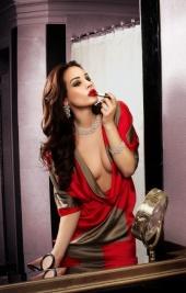http://photos.modelmayhem.com/photos/100719/10/4c4485c390803_m.jpg