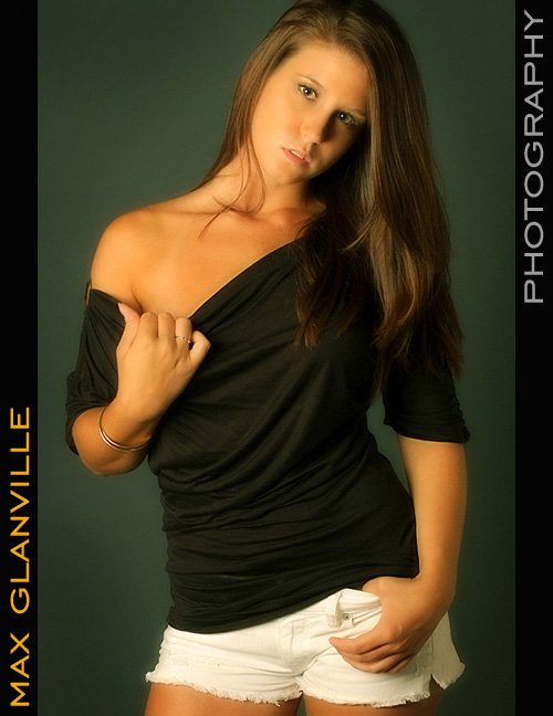Female model photo shoot of Heather-Christine by max glanville