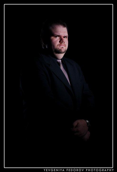Male model photo shoot of Nick G by Yevgeniya Fedorov