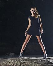 http://photos.modelmayhem.com/photos/100803/22/4c58f8acc9e90_m.jpg