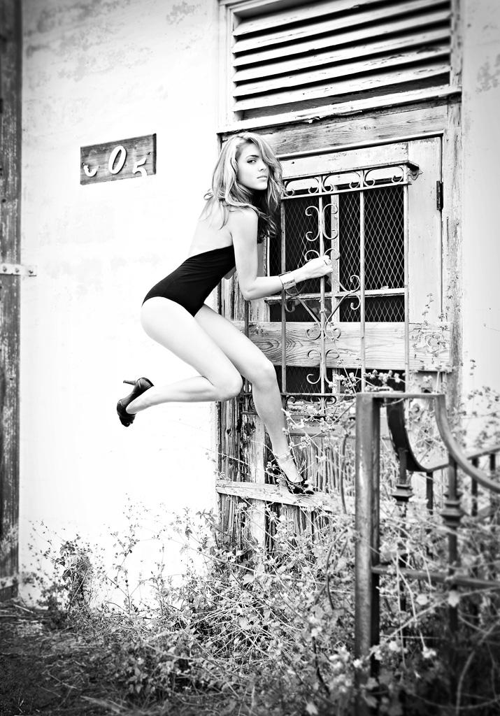 Goleta, CA Aug 04, 2010 2010, Lindsey Boice MUAH: Jessica Draven - Wardrobe Styling: Lindsey Boice