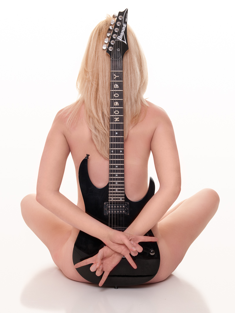 Female model photo shoot of CinZ