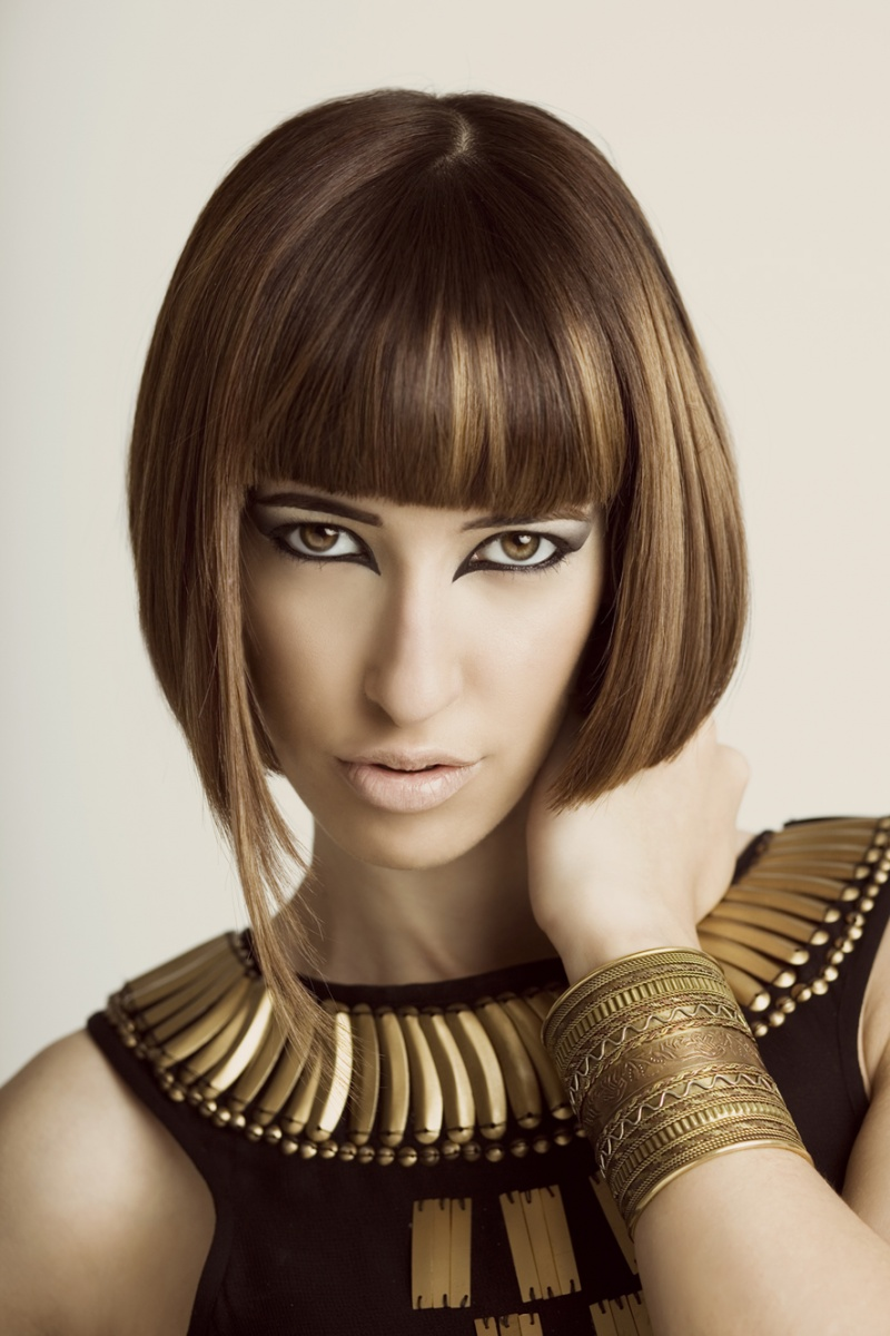 London Aug 17, 2010 YES Window Hair Salon advertising job (Blushes Salon), in 3 U.K cities