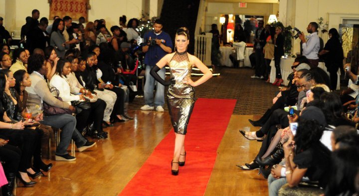 Aug 19, 2010 Xperience the Threndy Walk on the Runway