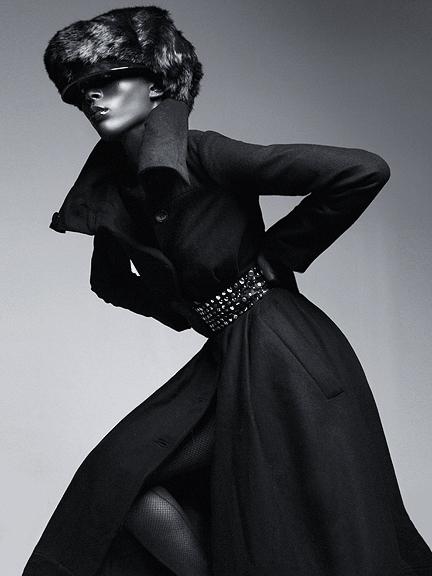 Female model photo shoot of Itaysha