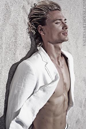 Male model photo shoot of Brent Tinsley by Kemuel Valdes