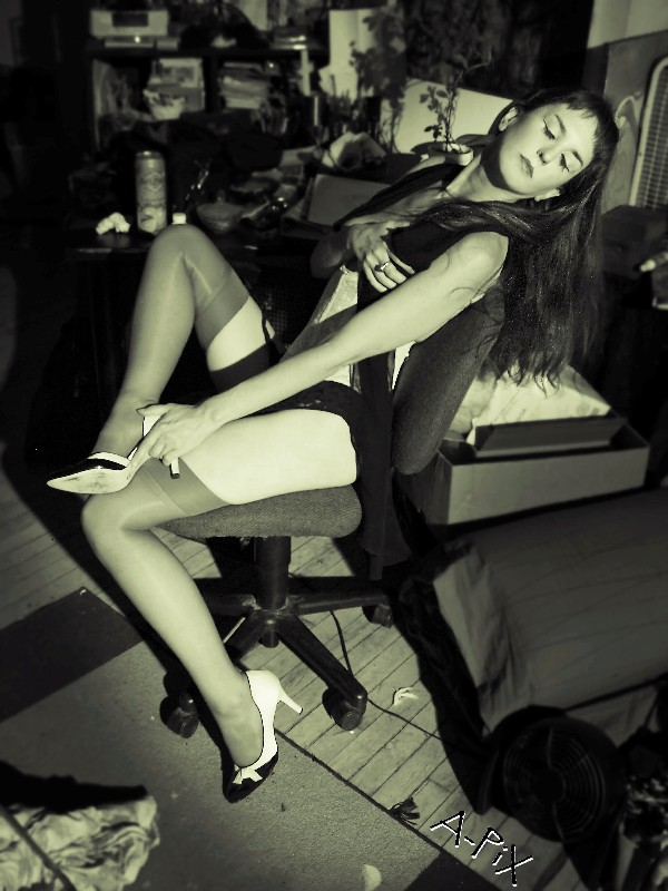Female model photo shoot of Delirium by A-PiX