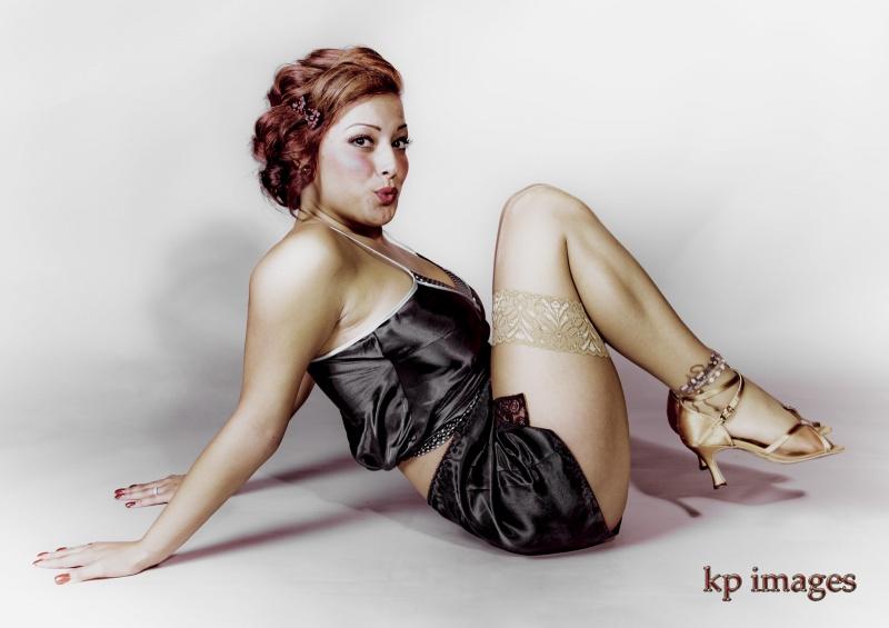 Aug 31, 2010 KP IMAGES LAUREN 40S STYLE