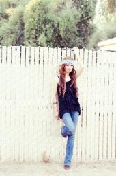 http://photos.modelmayhem.com/photos/100904/02/4c820c8f67f1b_m.jpg