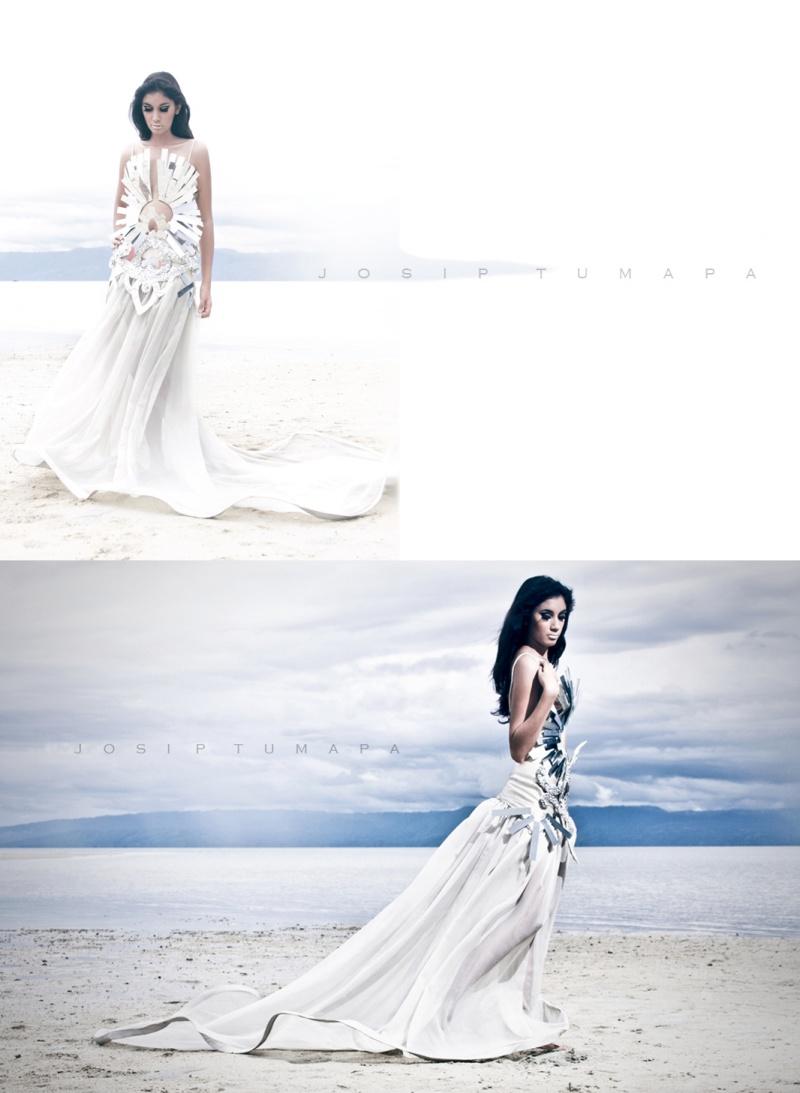 SAND BAR manjuyod Sep 06, 2010 josip tumapa / hannah bacalla YEP. A WEDDING GOWN IN MIRRORS. =)