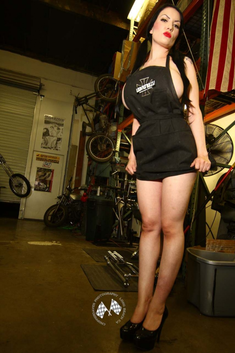Male and Female model photo shoot of Chopperdaves and Dahlia Dark in Chopperdaves
