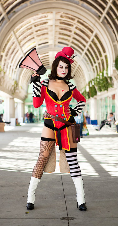 Sep 06, 2010 Mad Moxxi Cosplay