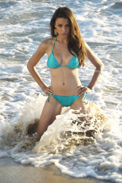Female model photo shoot of Natalina Maggio