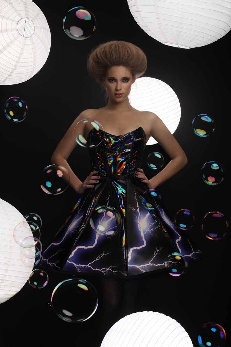 Sep 10, 2010 Sound-Reactive Dress