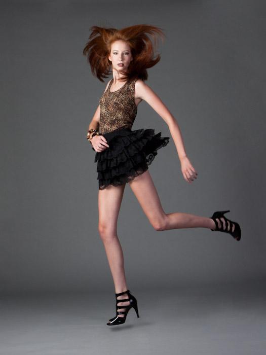 Female model photo shoot of Sarah Ernst by Digitoxin in Atlanta