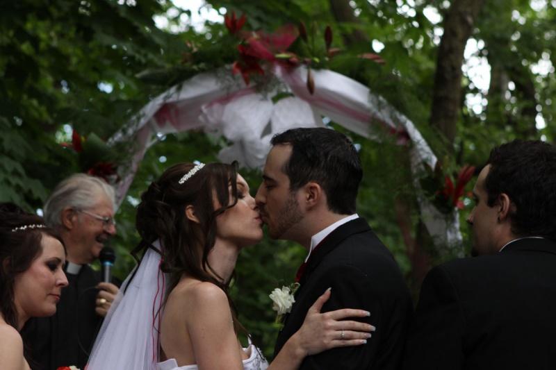 Toronto, ON Sep 19, 2010 CapturedEssencePhoto.com Fantasy Farm Wedding