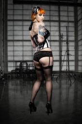http://photos.modelmayhem.com/photos/100922/04/4c99e64c6743a_m.jpg