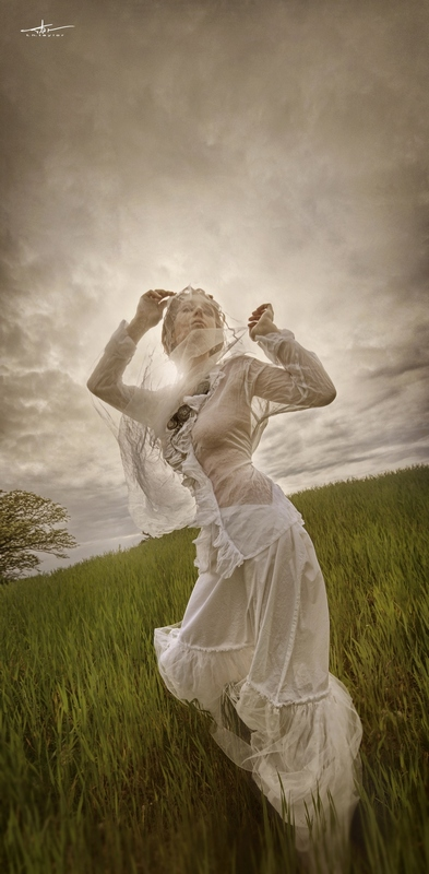 Female model photo shoot of Ruth Marie 3