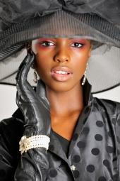 http://photos.modelmayhem.com/photos/101001/14/4ca657c6a5e8e_m.jpg