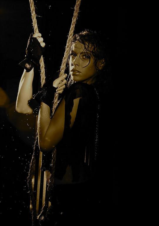 Camera Club of Cincinnati Oct 05, 2010 Wow Photography, simplicity always! Tomb Raider!