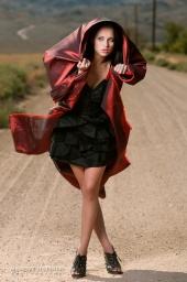 http://photos.modelmayhem.com/photos/101006/05/4cac71ae54608_m.jpg