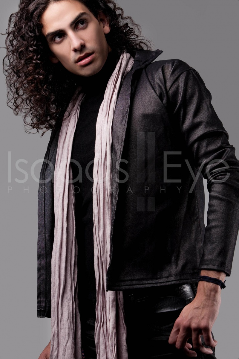Oct 07, 2010 Isaacs Eye Photography 2010 Photographer- Isaacs Eye Photography Stylist- Jumelle Design MUA- Veronica Villasenor Model- Jeremy Robles