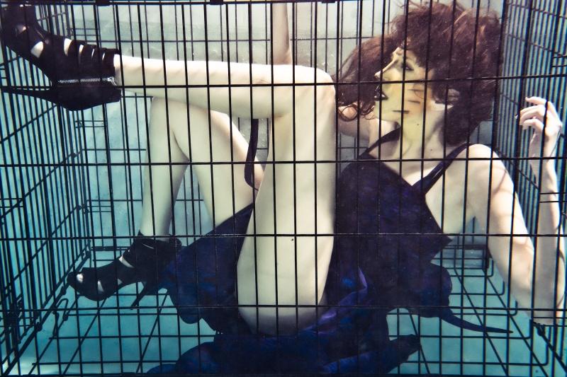 TORONTO UW STUDIO Oct 10, 2010 VIO uw cage