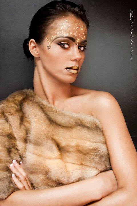 Female model photo shoot of Natalie  Elieen
