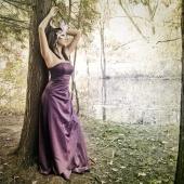 http://photos.modelmayhem.com/photos/101013/00/4cb55da789fca_m.jpg