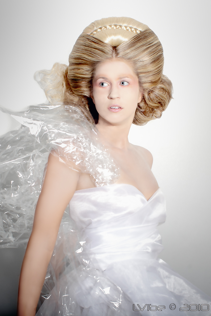 Female model photo shoot of Eryn Thomson, hair styled by Esmee Saldana