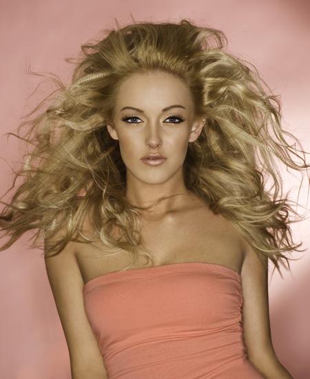 Female model photo shoot of Alyssa Lynne