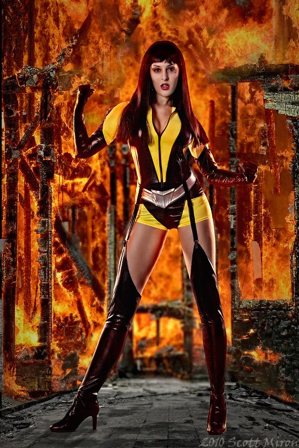 A Burning Building Oct 19, 2010 2010 Scott Miron Silk Spectre II