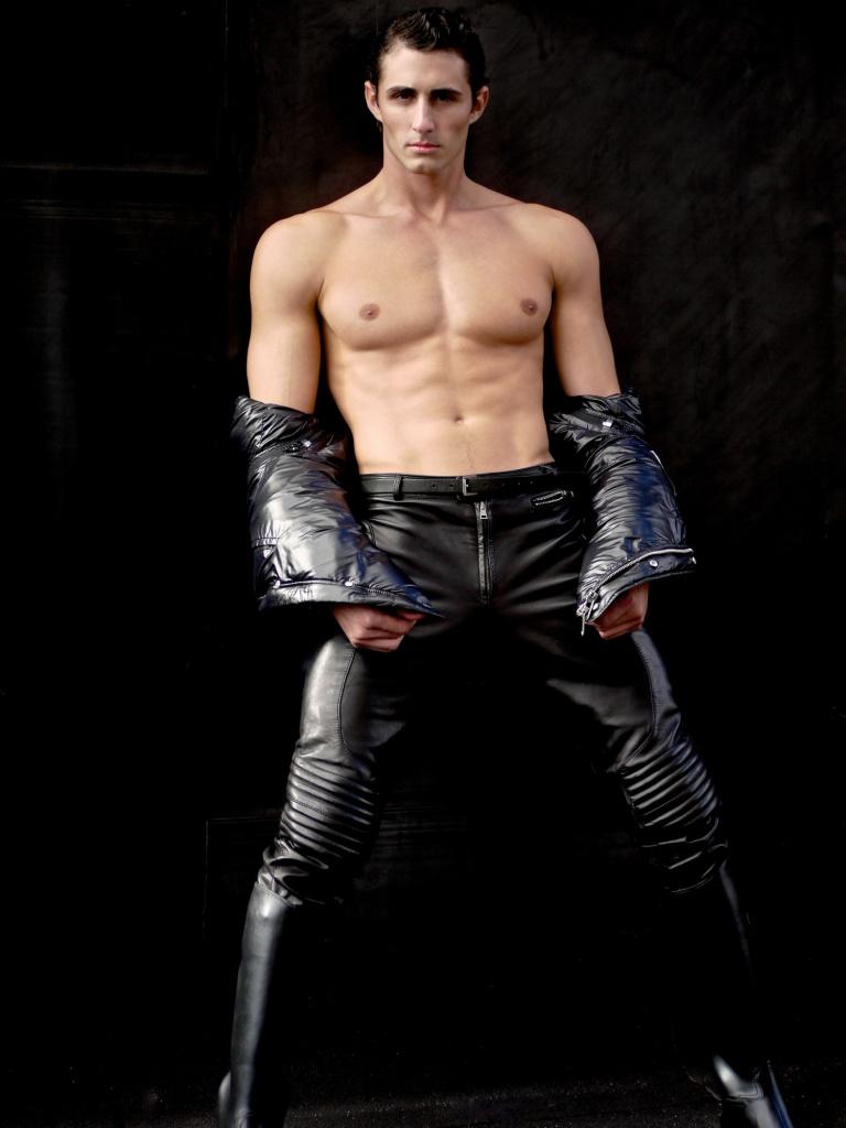 New York Oct 19, 2010 Josh Truesdell - Elite Model Mgmt.